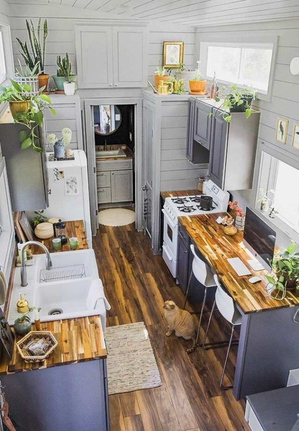 49 Cool Tiny House Design Ideas To Inspire You Godiygo Com Tiny House Kitchen Tiny Kitchen House Design Kitchen