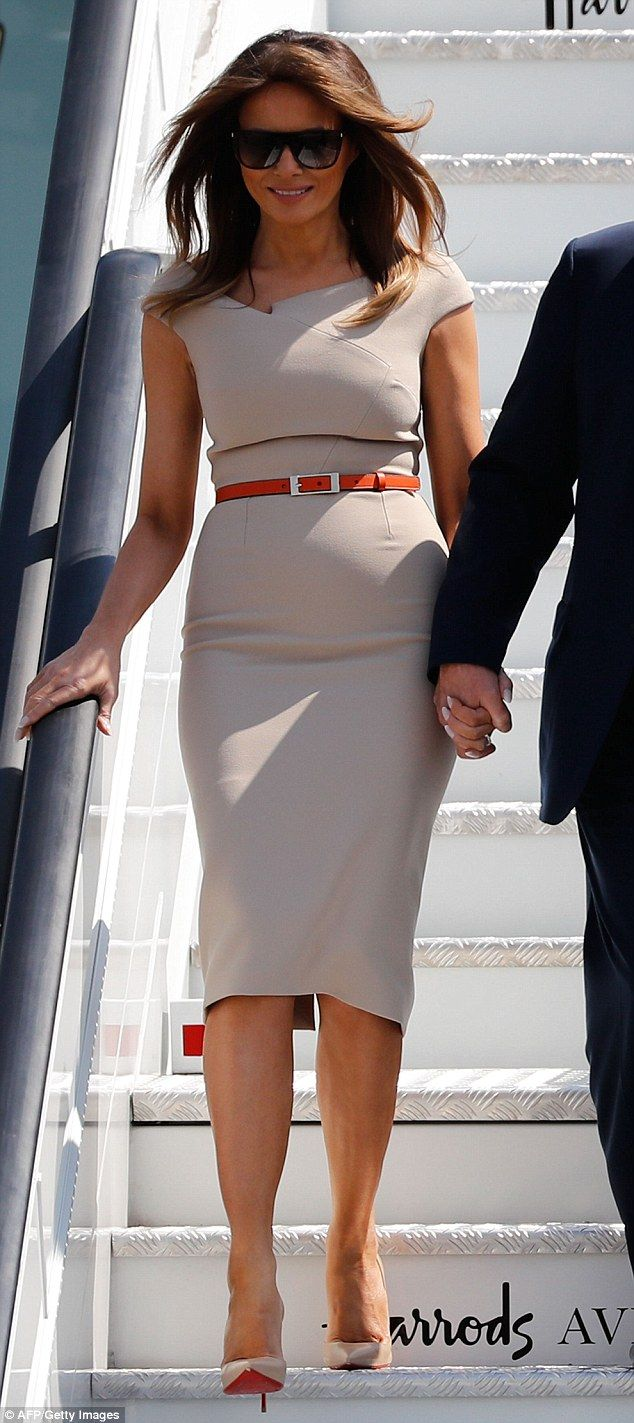 Melania Trump Wears Nude Dress And Another Pair Of -7066