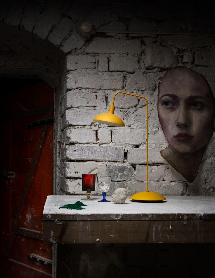 Ljusa idéer Bordslampa 16:5 EXIMIUS OCHRE Lightshower foto Ida Halling Styling Annika Kampmann för Rum Design nr 4 2016