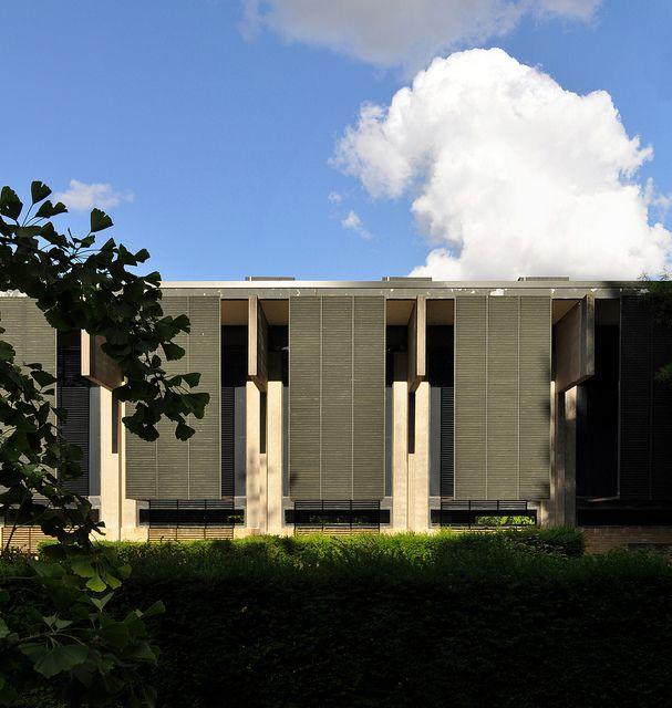 arne jacobsen, st. catherine's college, oxford 09 by seier+seier, via Flickr