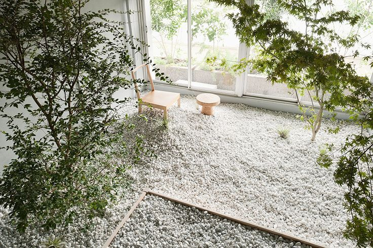 It's no coincidence if Japanese gardens remind you of those scene-in-a-shoebox dioramas you made in grade school. They're worlds in miniature. Add Zen to your garden by stealing these 10 ideas: