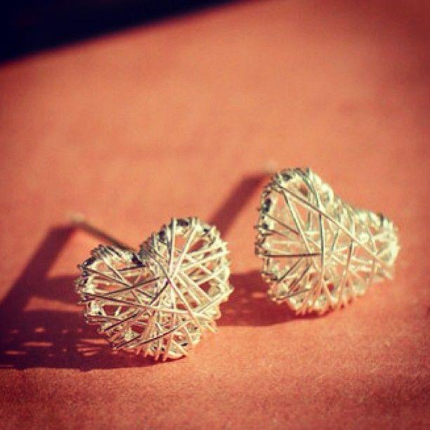 Wire heart earings