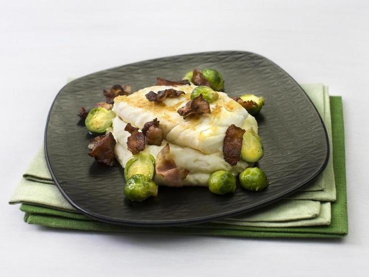 Stekt torsk med potetmos og rosenkål - Saftig, sunn og smaksrik familiemiddag!