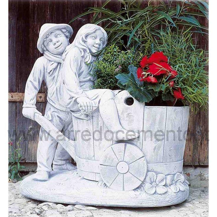 statua da giardino porta fiori  https://www.arredocemento.it