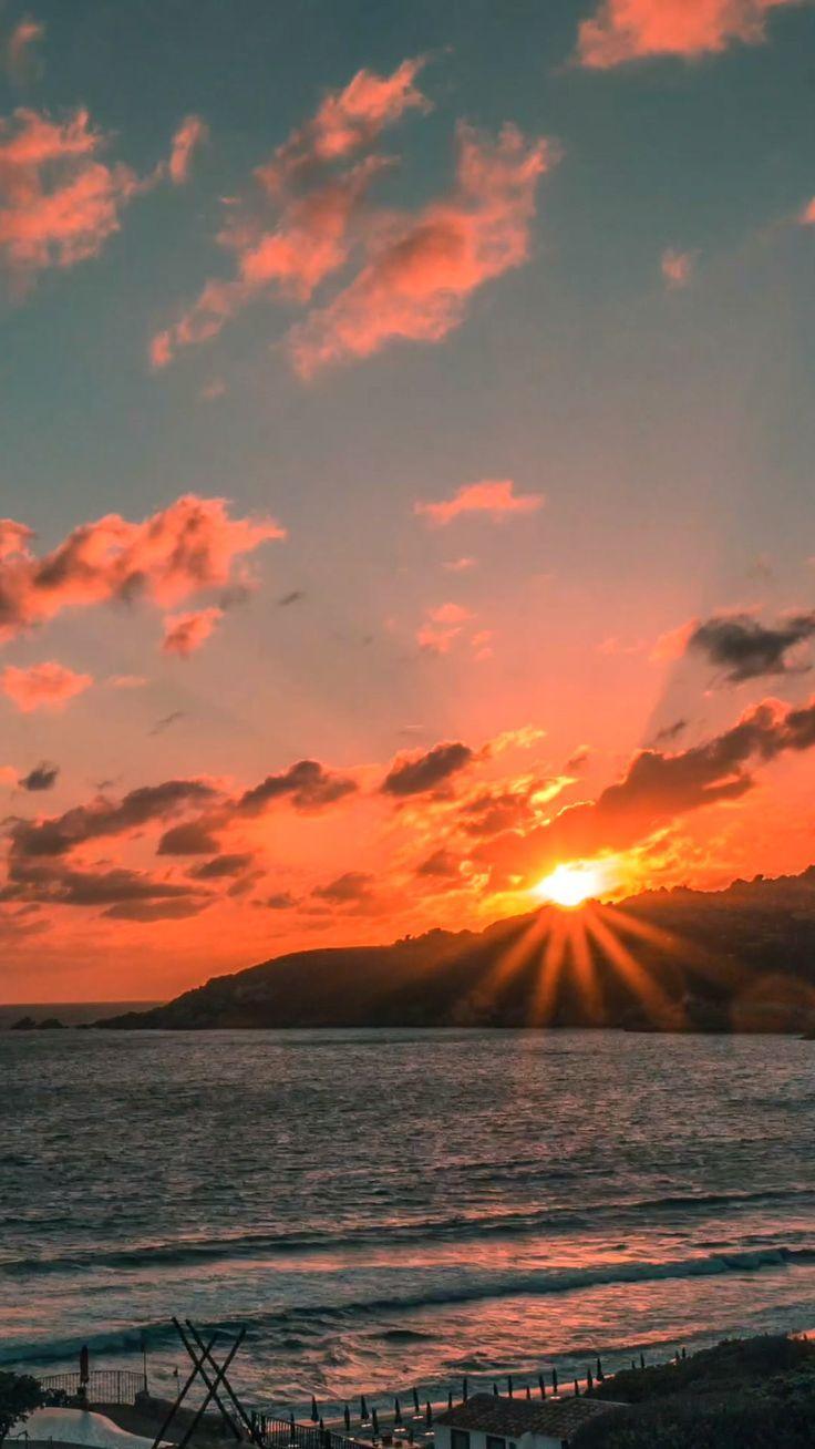Der Sonnenuntergang in Sardinien. Eines der besten, das ich je gesehen habe. Schuss auf Lumix GH …