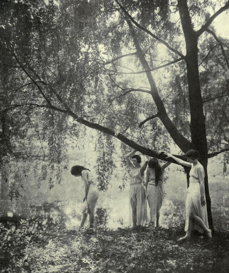kylarose:  Summer posed by the Marion Morgan dancers | Theatre Magazine 1918