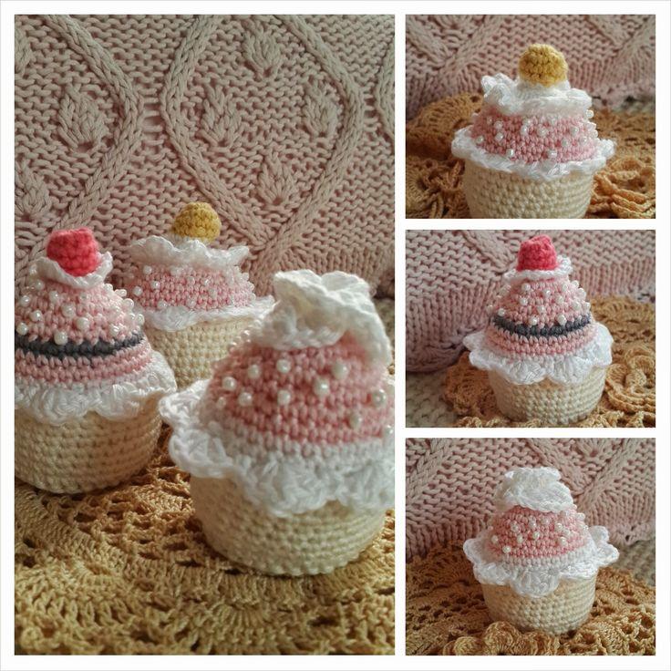 JanitaM: gehaakte cupcakes