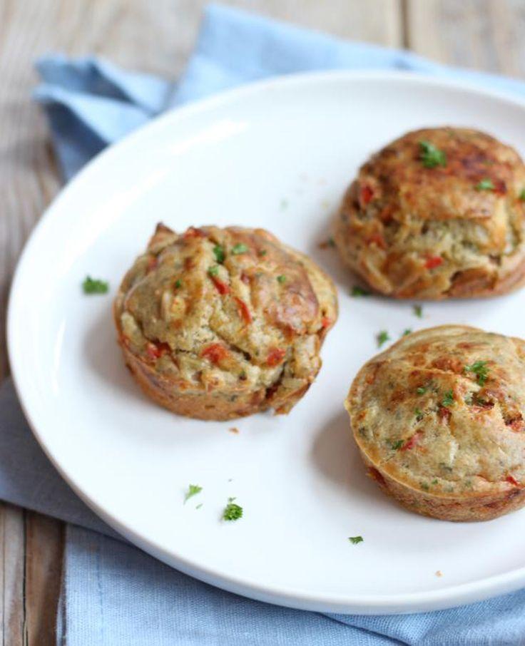 Vind jij muffins ook zo lekker? Dan moet je deze hartige muffinsmet paprika, tomaat en bosui eens proberen. Recept voor circa 6 muffins Tijd: 15 min.   20 min. in de oven Dit heb je nodig: 2 eieren 200 gram…