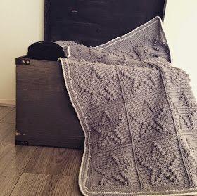 Een gratis haakpatroon van een deken met sterren. Gehaakt in de bobble stitch. Wil jij ook een sterren deken haken? Lees snel verder!