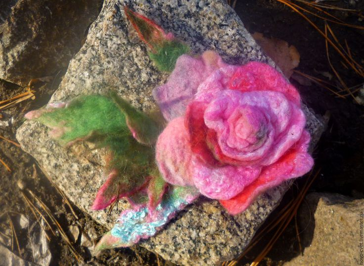 """Купить Брошь валяная"""" Нежная роза"""" - комбинированный, валяный цветок, валяная брошка, валяная роа"""
