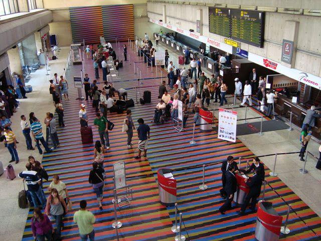 Bachaqueo de pasajes aéreos dentro del propio aeropuerto de Maiquetía
