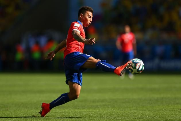 38. Eduardo Vargas (Chile/Napoli) In four FIFA World Cup games, Eduardo Vargas scored a goal and registered two assists for Chile. That was the production Napoli expected. He never started a Serie A game and spent two loan spells at Gremio and Valencia. It is clear Napoli do not rate him, but he could be a star at another European club. He needs to keep persevering because he is good enough to play in Europe. If he doesn't, he risks having a European void on his CV, like Jorge Valdivia