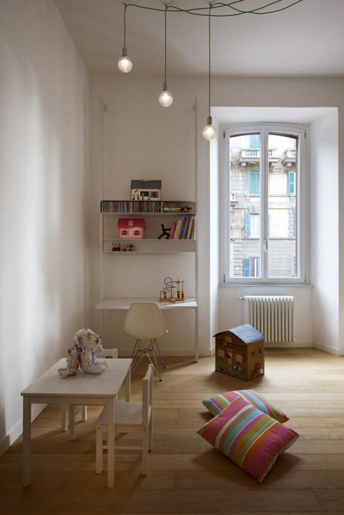 Roman apartment emphasize the original ancient structure through the addition of modern elements - CAANdesign