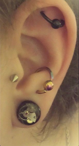 A dinky little 10mm Jamlincrow plug, one of a pair custom made for a beautiful customer called Siobhan.