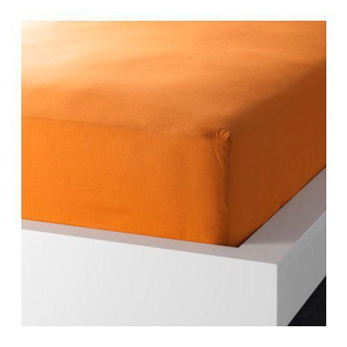 Hoeslaken voor mijn groot bed: oranje, grasgroen of turkoois. Afmetingen 90 x 200 cm. In Ikea hebben ze een oranje voor 6 euro.