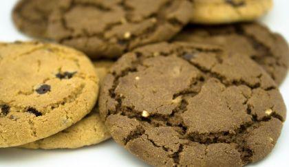 Dolci senza burro: biscotti light al cacao senza burro e uova | Cambio cuoco