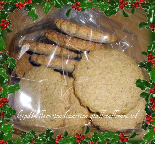"""Con questa ricetta partecipo alla raccolta del blog """"La scimmia cruda"""" di Mile. I biscotti integrali ai pistacchi sono un ottimo prodotto, gustoso e sempli"""