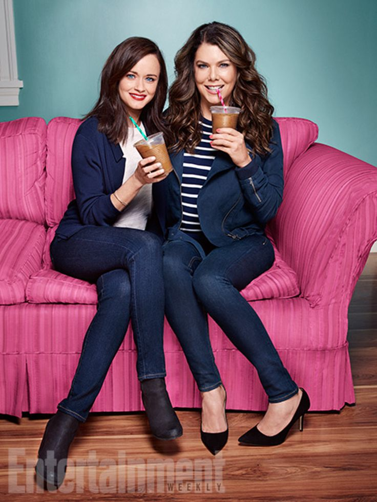 """Gilmore Girls """"A Year In The Life"""" Revival Cast: Alexis Bledel """"Rory,"""" Lauren Graham """"Lorelai"""""""