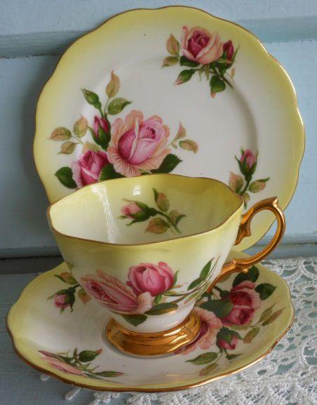 Royal Albert roses on yellow ground tea cup