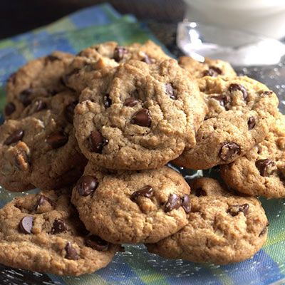 #Recipe of the day: Here's a healthier take on the traditional chocolate chip cookie, updated slightly by cutting back on the sugar and incorporating whole grains in the form of rolled oats and whole wheat flour. Bake a batch in just 15 minutes and enjoy a guilt-free indulgence! #healthyrecipe #healthydessert #healthycookies #chocolatechipcookies #cookierecipe