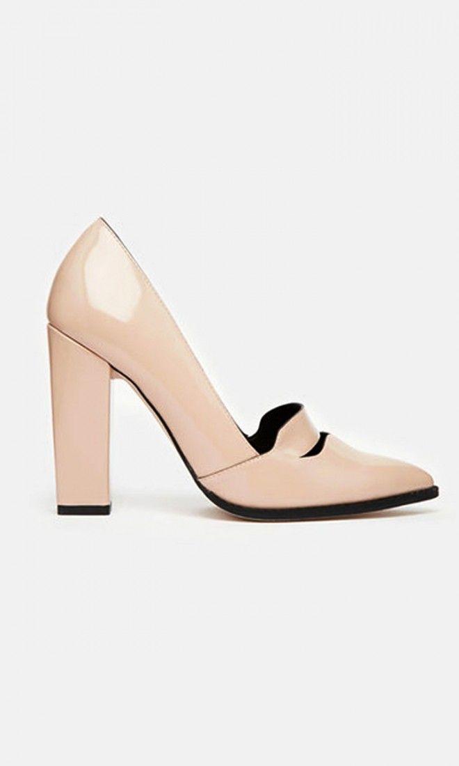 "Women's 8N Pumps Sofft Light Brown Leather 2"" High Heels Kiltie Tops Excellent"