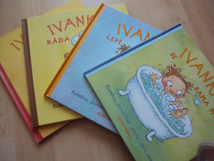 Na doporučení jsme pořídili domů sérii knih o Ivance od Kateřiny Janouchové. Ivanka se sama myje, Ivanka lepí náplasti, Ivanka je nemocná a Ivanka sama jí. A jsou skvělé! Teda mě ty texty až tak nenadchly, ale naše skoro dvouleťačka Ivanku miluje. Čteme knížky neustále dokola. Nejraději ze všech má knížku o lepení náplastí. Samotné …