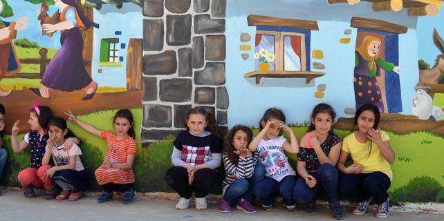 Rize'de okul duvarları renklendi | Okur53