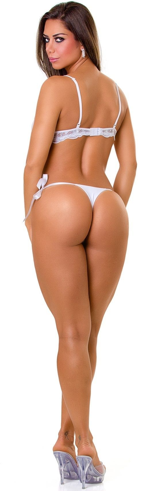 Hot naked colombian women