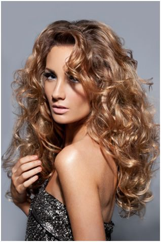 http://www.hair-heads.co.uk/hairdressing/wp-content/uploads/2012/08/hot-curls.jpg