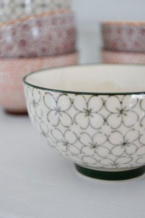 Fin liten skål med grönt mönster - Bloomingville