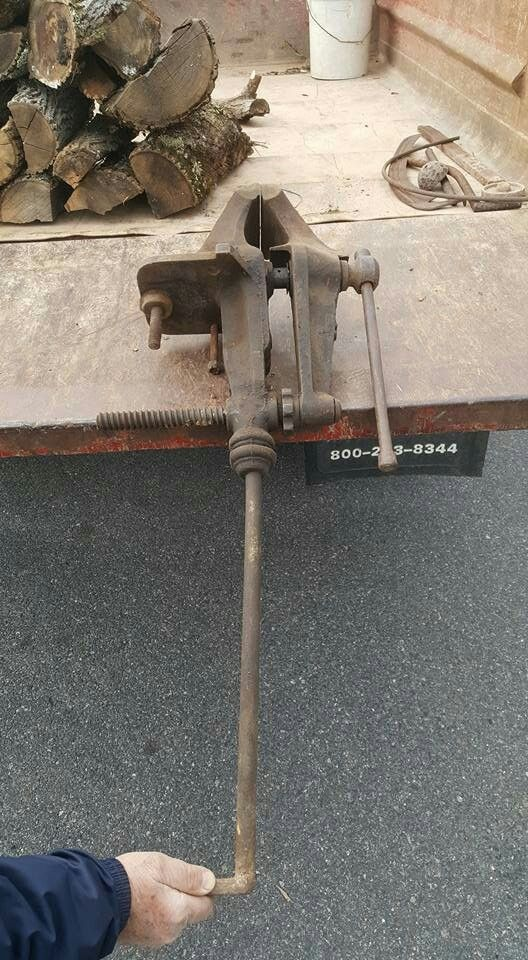 #3 FISHER Chain Vise