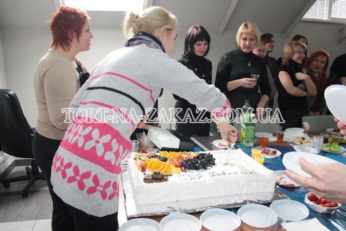 Заказать торт на день рождения в киеве для близнецов девочкам
