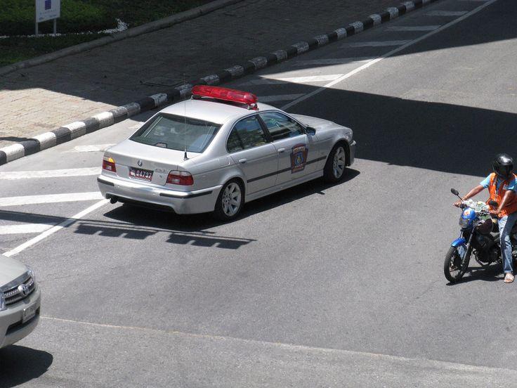 BMW 523i E39 Thai Police