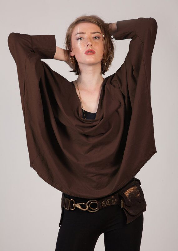 Oversized and baggy, this batwing top is perfect for kicking right back!  Casual and snug cotton jersey  Available in 3 colours: black, turquoise and chocolate brown  sizing guide : uk size 14-18  New lower price - reduced from £25