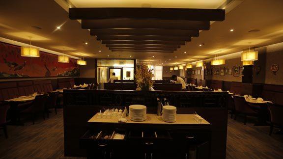 Are you Looking for Online Hotel Booking? Get Online #HotelsBooking , #meetingrooms , #localrestaurantsbanquethalls