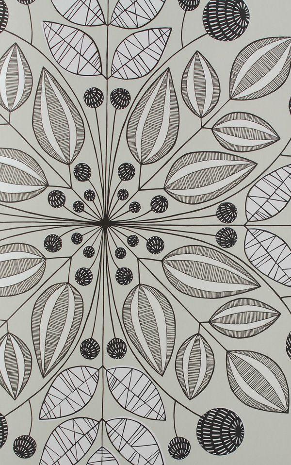 walpa MissPrint社は現代的で美しい壁紙、ファブリックなどのインテリア商品を全て手描きのイラストを元にデザインしています。そのデザインの源は都会で感じる自然や豊かな文化のミクスチュア。ミッドセンチュリーデザインと北欧デザインへの敬愛が見る人の心を惹きつけます。全ての製品がオーガニックの水性顔料でプリントされ、英国内で製造されています。