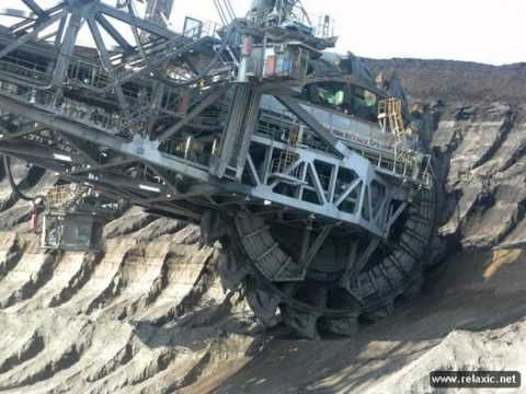 The Largest Excavator in the world - Heavy Construction News - Copenhaver Construction Inc