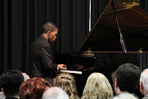 Sulayman Human,pianist,plays Klein Karoo Klassique 2013 (8 - 11 August) #classical #artist #performer #kleinkaroo #event #todo