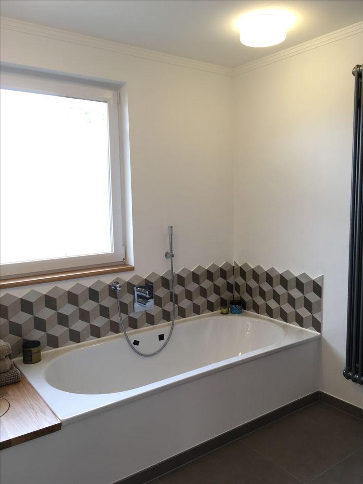 XL Badewanne 190x90 Bette Starlet mit Abwurfschacht Fliesen Grau geometrisch Eiche