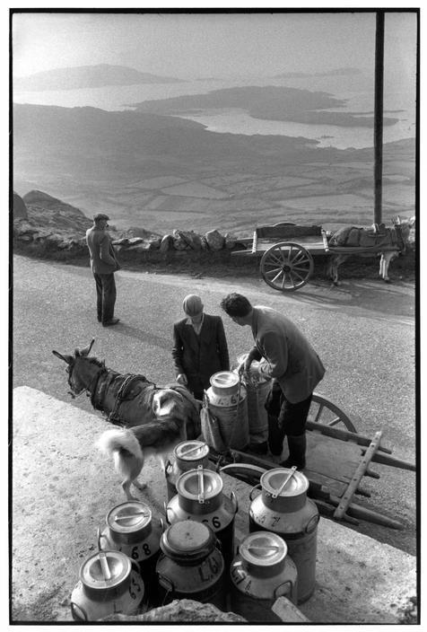 © Henri Cartier-Bresson/Magnum Photos Province du Munster. Comté de Kerry. Près de Caherdaniel.