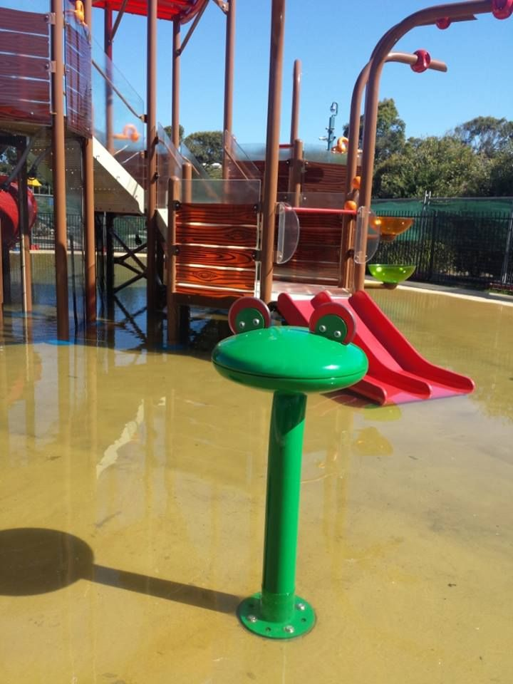 #Vortex #Splashpad at Discovery Holiday Park Pambula Beach - Frog water feature with the elevation in the background