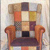 Крепкое комфортное кресло прекрасно впишется в интерьер,выполненный в колониальном стиле.Стиль рожденный на стыке двух культур- Восток и Запад. Дух морских путешествий и любовь к дому создают неповторимый колорит.
