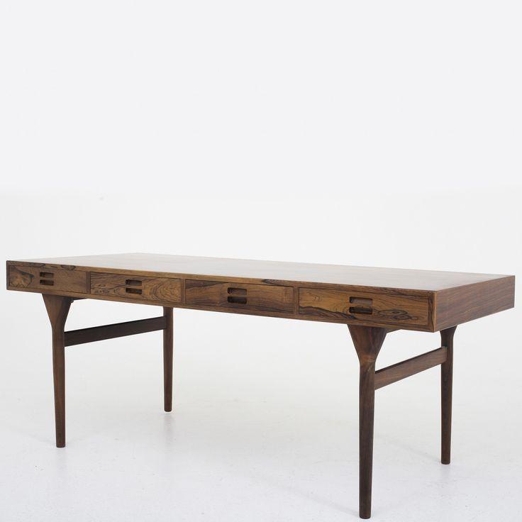 Desk in rosewood