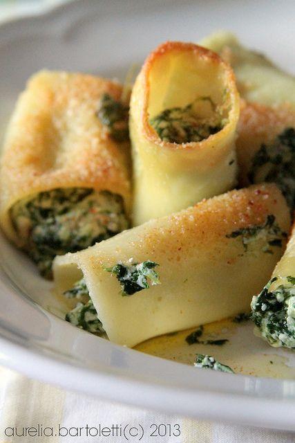 paccheri gratinati ricotta e spinaci http://www.profumincucina.com/2013/12/paccheri-gratinati-ricotta-e-spinaci.html