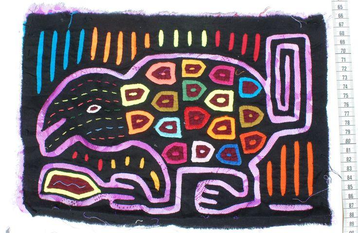 Vahşi hayvan geleneksel panama kuna kabilesi halk sanatı el sanatları tekstil renkli mola
