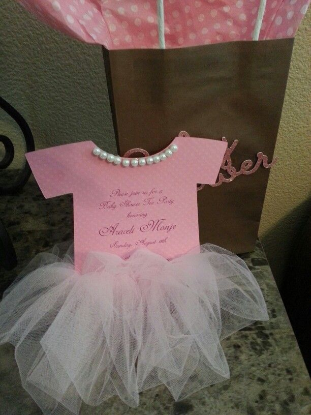 Such cute baby-shower invitations | Cricut projects ...