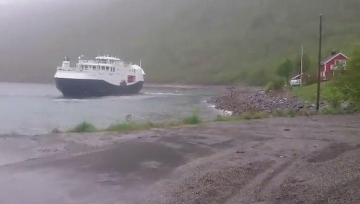 """NESTENULYKKE ELLER """"KONTROLLERT UNNAMANØVER""""? VIDEO - Nå har MF «Bergsfjord» hatt en ny nestenulykke – den 3. juni 2016 i Tverrfjord – mindre enn fire måneder siden forrige nestenulykke i Hasvik havn."""