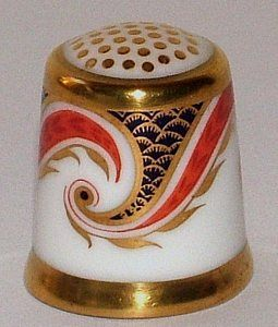 ROYAL CROWN DERBY-IMARI SCROLL