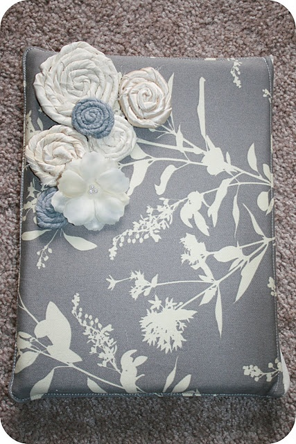 Tutorial for a hard back ipad cover using  a 3 ring binder