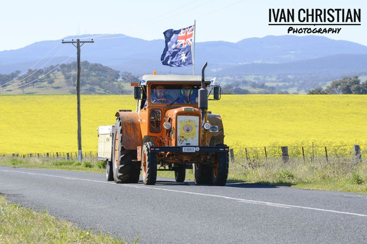2014 Tractor Trek - The Tractor Trek near Cudal - Ivan Christian Photography http://ivanchristianphotography.com/